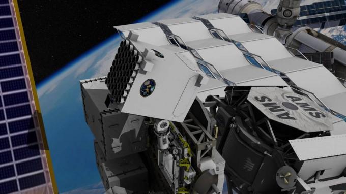 '중성자별 내부 구성성분 탐사 기기(NICER·나이서)'가 국제우주정거장(ISS)에 설치된 모습. 주요 임무는 중성자별의 크기, 성분 등을 관측하는 일이지만, X선 내비게이션 '섹스턴트(SEXTANT)'의 성능 검증 실험에도 활용된다. - 미국항공우주국 제공